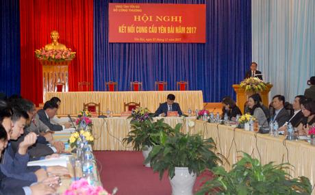 Phó Chủ tịch Thường trực UBND tỉnh Tạ Văn Long phát biểu tại Hội nghị.