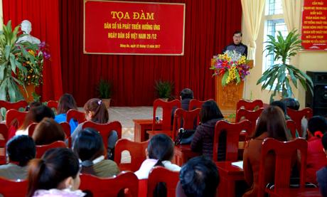 UBND xã Đông An tổ chức tọa đàm hưởng ứng ngày Dân số Việt Nam.