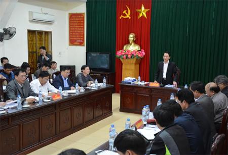 Đồng chí Chủ tịch UBND tỉnh phát biểu chỉ đạo tại Hội nghị.