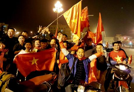 Người dân Yên Bái mừng chiến thắng