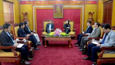 Đồng chí Bí thư Tỉnh ủy Phạm Thị Thanh Trà mong muốn Hiệp hội sẽ là cầu nối để kêu gọi cộng đồng các doanh nghiệp tại Pháp đến nghiên cứu, tìm hiểu cơ hội đầu tư phát triển trong lĩnh vực du lịch, thương mại tại tỉnh Yên Bái.
