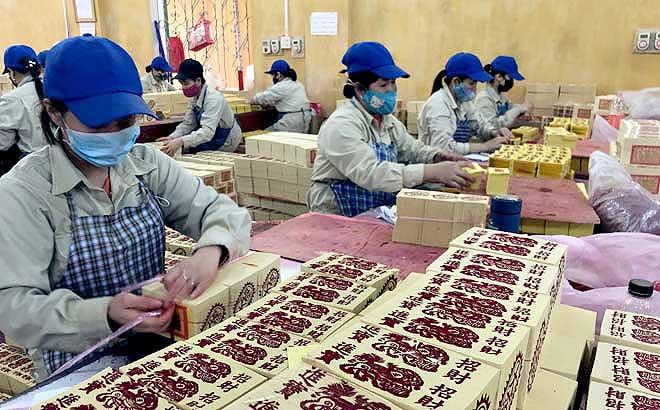 Tại Công ty cổ phần Lâm, nông sản, thực phẩm Yên Bái chỉ còn Nhà máy gia công giấy xuất khẩu đang hoạt động,
