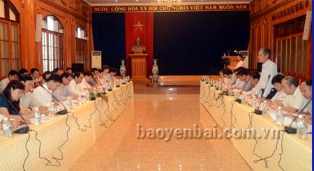 Thứ trưởng Bộ KH&CN Trần Văn Tùng phát biểu tại buổi làm việc.