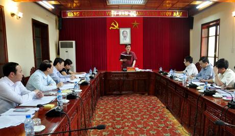 Đồng chí Phó Bí thư Thường trực Tỉnh ủy Dương Văn Thống phát biểu tại Hội nghị.