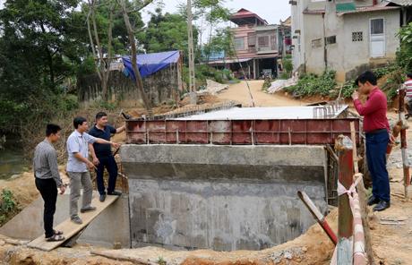 Cống thoát lũ tại xã Đại Minh khi hoàn thành sẽ tăng khả năng thoát nước để toàn bộ cánh đồng rộng trên 7ha và tuyến đường đi vào thôn Cầu 17 sẽ không bị ngập úng khi mùa mưa lũ tới.