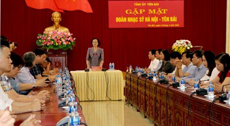 Bí thư Tỉnh ủy Phạm Thị Thanh Trà phát biểu tại buổi gặp mặt.