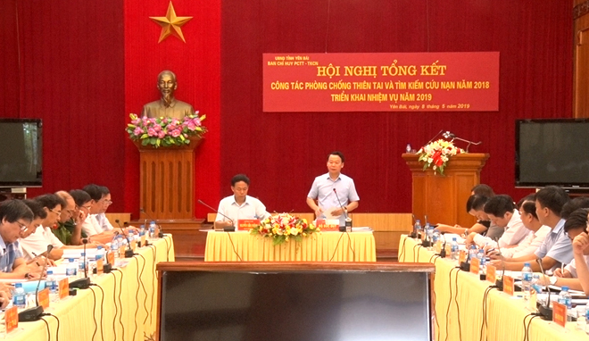 Đồng chí Đỗ Đức Duy – Phó Bí thư Tỉnh ủy, Chủ tịch UBND tỉnh, Trưởng ban Chỉ huy PCTT - TKCN tỉnh phát biểu tại Hội nghị.