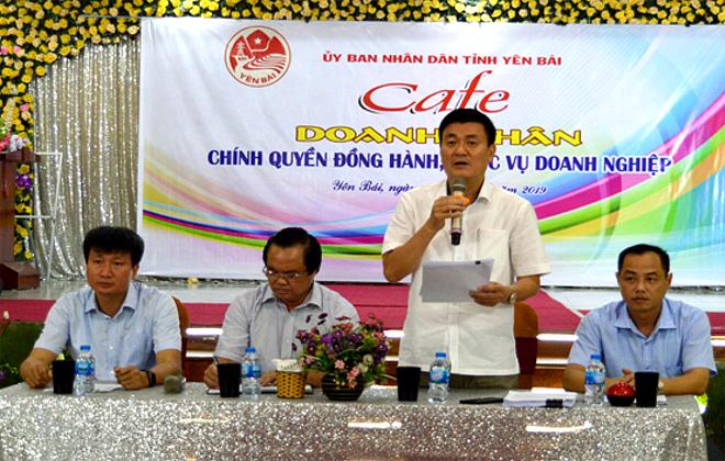Phó Chủ tịch UBND tỉnh Nguyễn Chiến Thắng phát biểu tiếp thu, giải trình và làm rõ thêm những vấn đề các doanh nghiệp và HTX quan tâm.