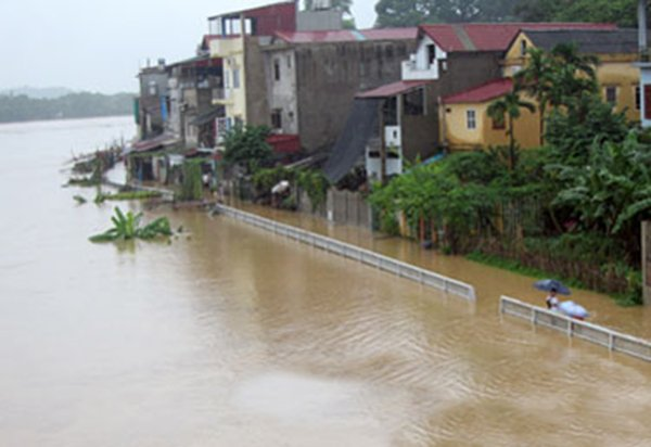 Nước sông Thao tại Yên Bái được dự báo sẽ lên cao. (Ảnh: Nguyễn Thanh)
