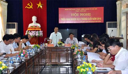 Đồng chí Hoàng Xuân Nguyên - Ủy viên Ban Thường vụ, Trưởng ban Dân vận Tỉnh ủy, Phó Trưởng ban Thường trực Ban Chỉ đạo thực hiện QCDC ở cơ sở tỉnh phát biểu chỉ đạo Hội nghị.