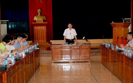 Phó Chủ tịch UBND tỉnh Nguyễn Văn Khánh phát biểu tại Hội nghị.