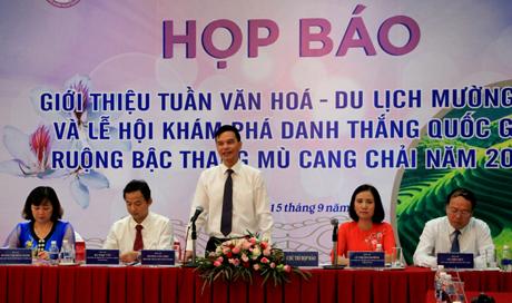 Đồng chí Dương Văn Tiến - Phó Chủ tịch UBND tỉnh phát biểu tại buổi họp báo.