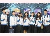Nguyễn Thị Hà Giang (thứ 2, từ phải sang) tại ĐH Hội Sinh viên Việt Nam lần thứ X.