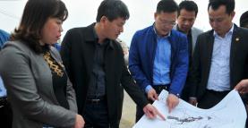 Đồng chí Ngô Hạnh Phúc – Phó Chủ tịch UBND tỉnh kiểm tra các quỹ đất tại thị xã Nghĩa Lộ