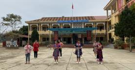 A folk dance practice by students of Lang Thip Semi-boarding Primary and Secondary School for Ethnic Minorities in Van Yen district.