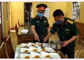 Công tác hậu cần quân đội luôn được cán bộ, chiến sĩ lực lượng vũ trang huyện Lục Yên chú trọng, đảm bảo an toàn vệ sinh thực phẩm.