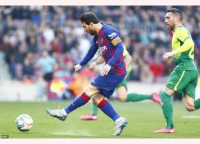 Messi mở tỷ số cho Barcelona ở phút 14