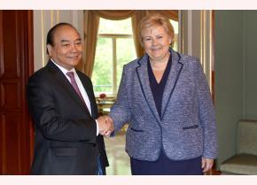 Thủ tướng Nguyễn Xuân Phúc và Thủ tướng Na Uy Ê-na Xôn-béc
