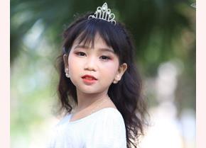 Nguyễn Khánh Linh là một tài năng nhí xuất sắc của Yên Bái.