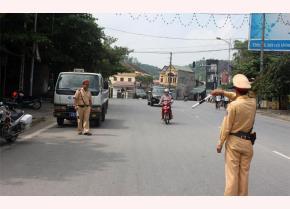 Lực lượng cảnh sát giao thông tăng cường công tác tuần tra, kiểm soát, xử lý vi phạm về trật tự an toàn giao thông.
