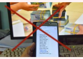 Tin nhắn lừa đảo rút tiền tài khoản ngân hàng