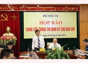 Thứ trưởng Bộ Nội vụ Nguyễn Duy Thăng phát biểu tại họp báo