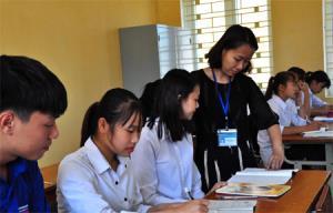 Một giờ học của cô và trò Trường THPT Hưng Khánh.