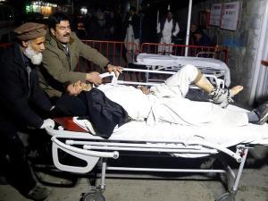 Một nạn nhân bị thương trong vụ đánh bom.