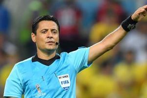 Ông Faghani điều khiển một trận đấu tại World Cup 2018.