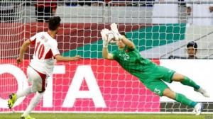 Thủ môn Đặng Văn Lâm giúp ĐT Việt Nam lọt được vào vòng tứ kết nhờ pha cản phá cú sút luân lưu của cầu thủ ĐT Jordan.