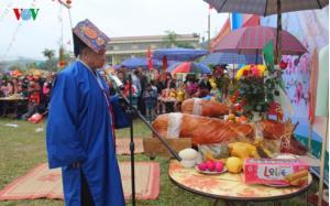 Thầy cúng thực hiện nghi lễ cúng thần người Giáy Quang Kim, huyện Bát Xát, tỉnh Lào Cai. (Ảnh minh họa - Internet).