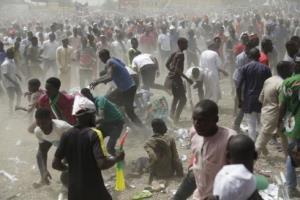 Bạo lực ngay trước ngày bầu cử Tổng thống ở Nigeria đã khiến ít nhất 66 người bị sát hại.