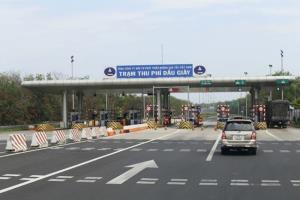 Trạm thu phí dịch vụ sử dụng đường bộ Dầu Giây.