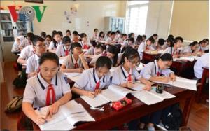 Chính phủ đồng ý không thu học phí đối với học sinh THCS trường công lập và hỗ trợ đóng học phí đối với học sinh THCS trường tư thục (ảnh minh họa)