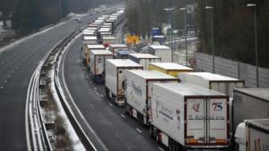 EU nhất trí giảm 30% khí thải CO2 từ xe tải và xe buýt vào năm 2030.