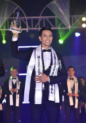 Trịnh Bảo của Việt Nam giành quán quân cuộc thi Mr International 2019.