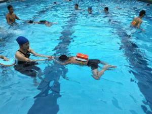 Dạy bơi cho trẻ em là giải pháp phòng, chống đuối nước hiệu quả.