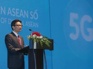 Phó Thủ tướng Vũ Đức Đam phát biểu tại Hội nghị 5G và sự phát triển ASEAN số.