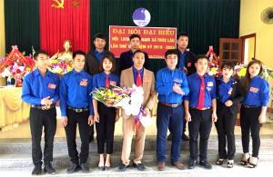 Lãnh đạo Hội LHTN Việt Nam tỉnh chúc mừng Ủy ban Hội LHTN Việt Nam xã Trúc Lâu khóa 3, nhiệm kỳ 2019 - 2024.