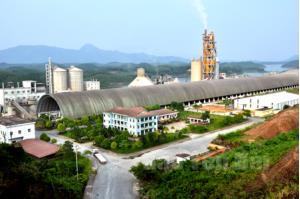 Nhà máy Xi măng Yên Bình do Tổng công ty Vinaconex đầu tư tại huyện Yên Bình đang phát huy hiệu quả.
