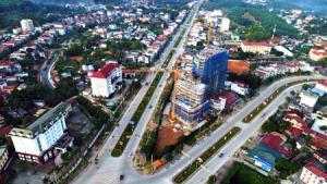 Dự án Khu trung tâm thương mại, dịch vụ, khách sạn, nhà hàng của Tập đoàn Hoa Sen đang được triển khai thi công. (Ảnh: Thanh Miền)