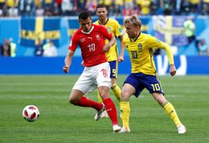 Thụy Điển vượt qua Thụy Sĩ để ghi tên vào Tứ kết World Cup 2018.