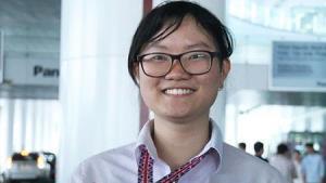 Nguyễn Phương Thảo (học sinh Trường THPT chuyên Khoa học Tự nhiên, Trường Đại học Khoa học Tự nhiên, Đại học Quốc gia Hà Nội) giành được huy chương Vàng và là thí sinh có điểm thi cao nhất kỳ thi Olympic Sinh .