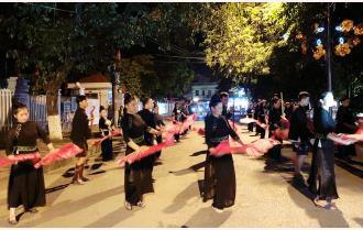 Diễu diễn đường phố: Hứa hẹn nhiều mới lạ