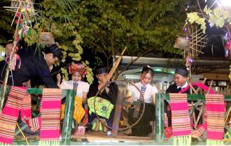 Diễu diễn đường phố - Nơi hội tụ sắc màu văn hóa