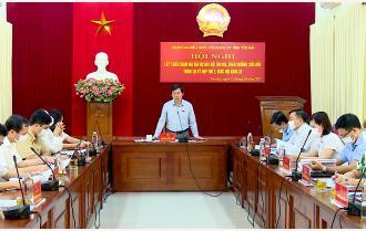 Đoàn Đại biểu Quốc hội tỉnh Yên Bái lấy ý kiến tham gia vào Dự án Luật Thi đua, khen thưởng (sửa đổi)
