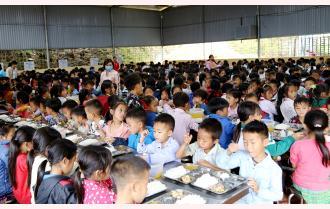 Trạm Tấu chú trọng vệ sinh an toàn thực phẩm trường học