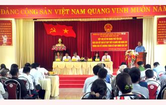 Trưởng đoàn Đại biểu Quốc hội tỉnh Dương Văn Thống tiếp xúc cử tri thành phố Yên Bái