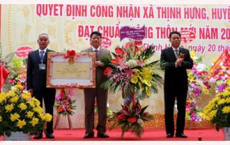 Xã Thịnh Hưng đón Bằng nhận đạt chuẩn nông thôn mới