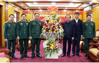 Bộ Tư lệnh Quân khu II chúc Tết Tỉnh ủy, HĐND, UBND tỉnh Yên Bái